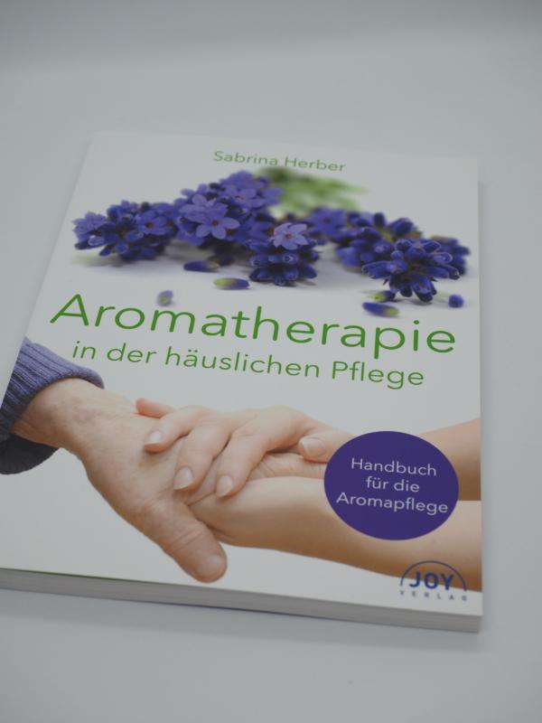 Buch_Aromatherapie_Pflege